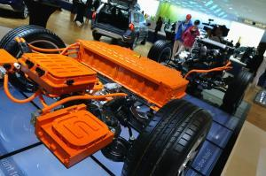 Diesel Hybrid kombiniert Diesel mit E-Motor