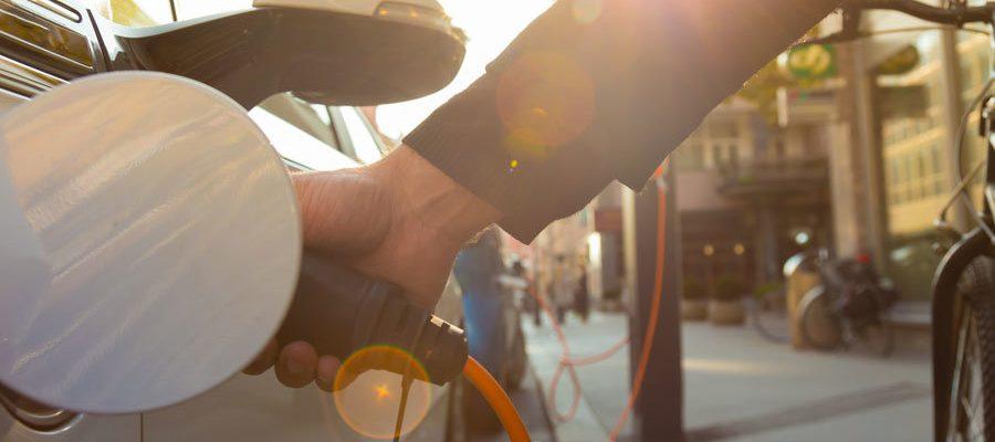 Elektroauto laden: das Kernthema der E-Mobilität