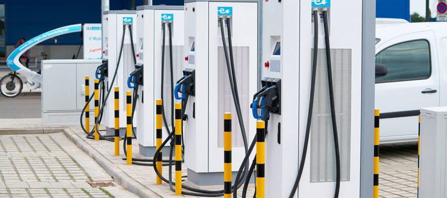 Elektrotankstellen: Das E-Auto unterwegs laden