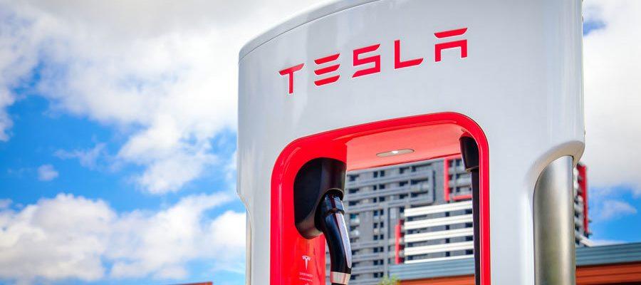 Wo gibt es Tesla Ladestationen?